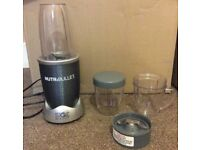 Nutribullet 600 Series Extractor & Blender + 3 Cups