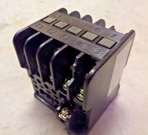 Fuji Electric Contactor SRCa3631-5-1/UD 2RC0F02 20Amp 110/120V 50/60HZ New