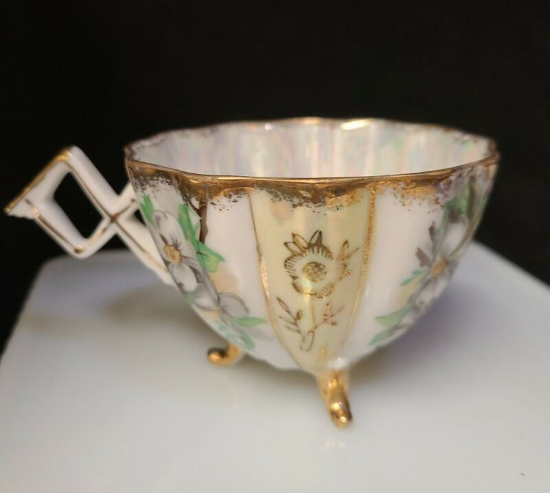 VINTAGE Original NAPCO CHINA #IDD29 Hand-Painted Iridescent Footed Tea Cup