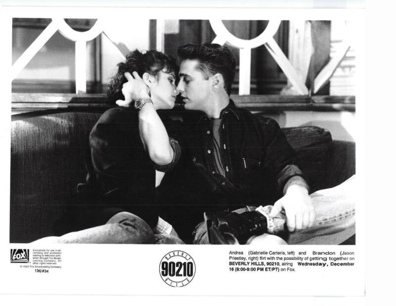 "Gabrielle Carteris Jason Priestly ""Beverly Hills 90210"" TV Still"