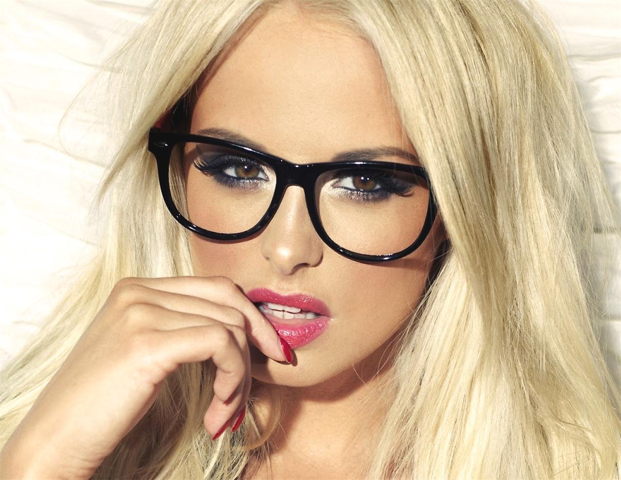 Pictures only hot blonde glasses free
