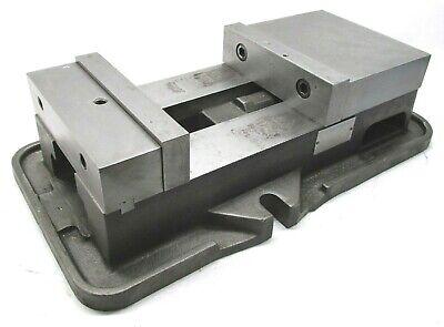Kurt Anglock 8 Milling Machine Vise W Jaws - D80