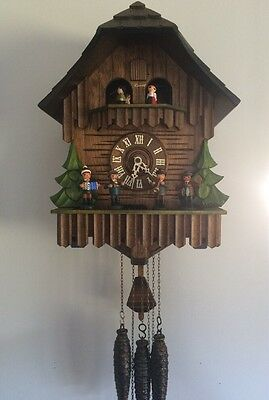 See Video-Rare, Lg. German  OomPah Band Cuckoo Clock with Revolving Turntable