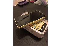 iPhone 5C Unlocked Yellow Excellent Condition
