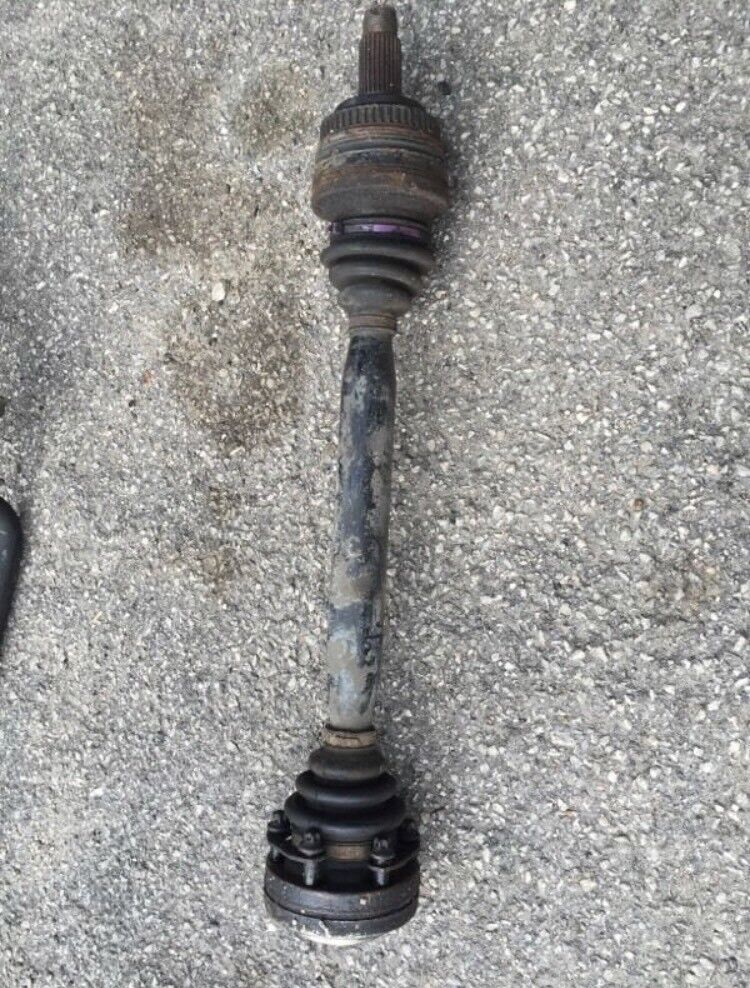 Bmw e36 328 drive shaft with bolts