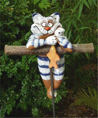 Gartenstecker Beetstecker Katze m. Fisch Keramik Gartendeko Handarbeit frostfest ()