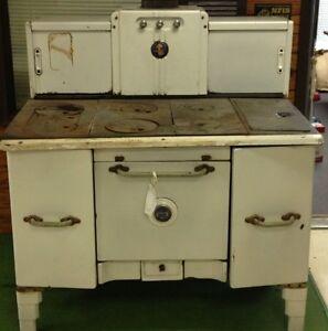 Antique Cast Iron Wood Burning Kitchen Stove Home Comfort