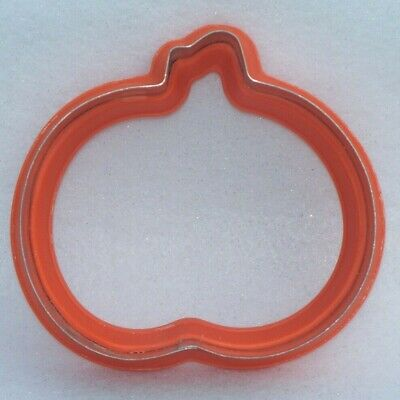Large Wilton Comfort Grip Orange Halloween Pumpkin Jack o Lantern Cookie Cutter - Large Metal Halloween Cookie Cutters
