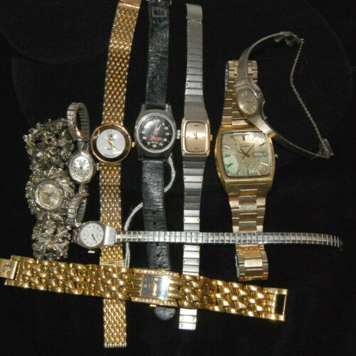 Lot of 23 Mens Womens Watches