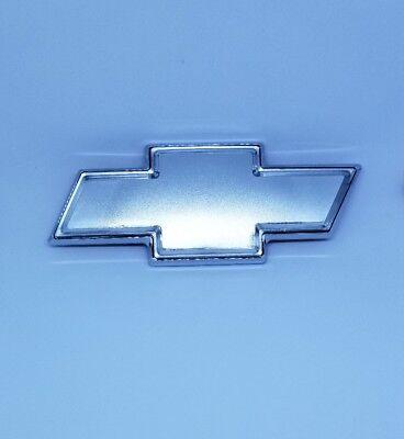 NEW Front Grille Bowtie Emblem Badge SILVER 06-13 Impala Monte Carlo