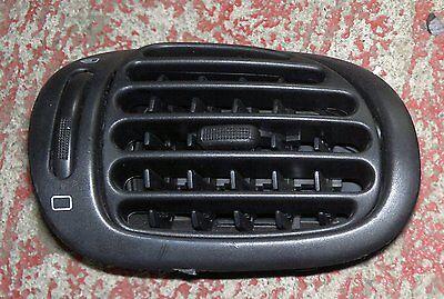 Peugeot 206 N/S Passenger Heater Block Vent 98-06