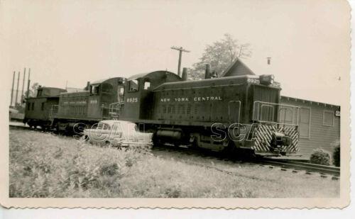 OE085 RP 1950s NEW YORK CENTRAL RAILROAD LOCO #8925 8919