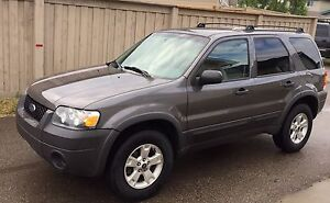 2007 Ford Escape XLT 4x4 128529 km 5,900