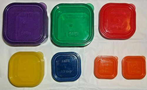 Set of  21 Day Fix Containers Total of (7)