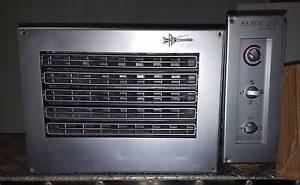 Air Conditioner Unit Oak Flats Shellharbour Area Preview