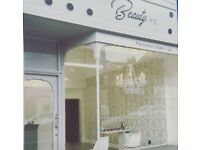 Full or part time nail technicians and beauty therapists