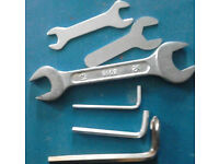 Set of 3 Hex Key Set and Set of 3 Wrench Set in Various Sizes+GET FREE GIFTS!