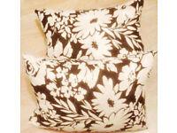 New Set of 2 Black and White Super Plump Large Print Decorative Cushions[45cmx35cm].