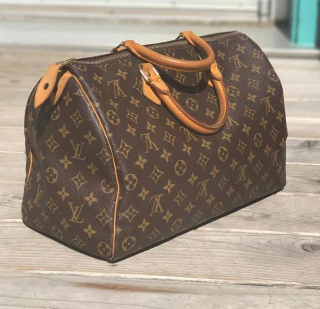 ac3daa4afea8 Louis Vuitton speedy 35