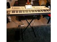 Korg Pa2x 76keys Professional keyboard with speakers & stand