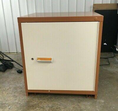 Stanley Vidmar Industrial Lock Storage Cabinet W Shelf 33 X 28 X30 Table Height