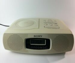 SONY ALARM CLOCK Model ICF CD820 CD player AM FM Radio Tuner Receiver