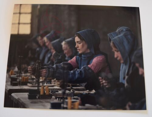 Anne Hathaway Signed Autographed 11x14 Photo Les Miserables Interstellar COA VD