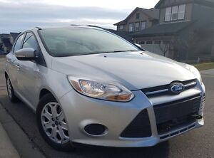 2014 Ford Focus SE Sedan Price Reduced !!