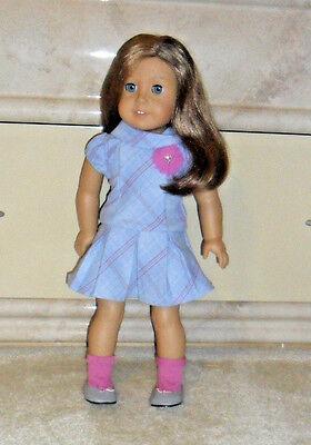 """American Girl Doll Brown Hair Blue Sleep Eyes,ear rings in 18"""" 2012 PA-11392(HK)"""