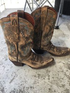 Lammle's cowgirl boots (size 7)