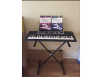 YAMAHA YPT-210 Keyboard with stand and books
