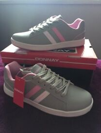 Donnay Trainers UK6