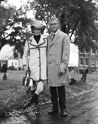 Steve Mcqueen   Faye Dunaway In  The Thomas Crown Affair    8X10 Photo  Zz 556