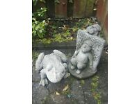 2x garden ornaments £10 the pair