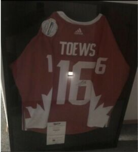 Canada Toews signed jersey with COA