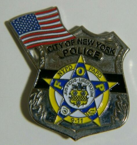 9/11 CITY OF NEW YORK POLICE w/ FLAG REMEMBRANCE LAPEL PIN 20TH ANNIVERSARY
