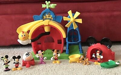 Mickey Mouse Clubhouse Barnyard Dance Farm 2 Animal Balls 6 Figures Tent - Mickey Mouse Dance