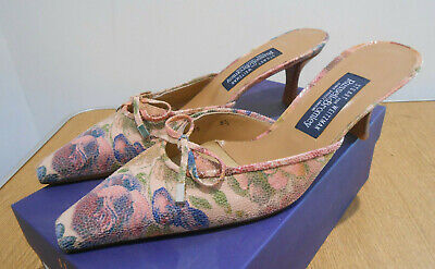 Stuart Weitzman Russell & Bromley floral pattern print mules heels shoes UK...
