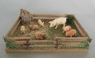 Schweinegatter  mit  Schweinen als Krippendekoration, Bauernhof HS 09