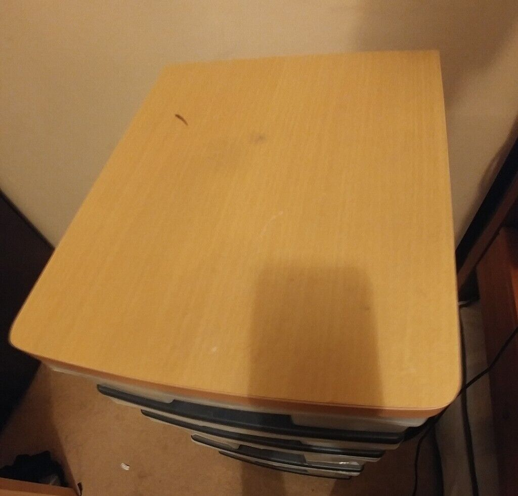 Free Small Plastic Drawers With Wooden