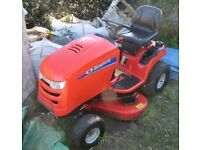 Simplicity Regent 18.5hp Lawn Tractor Ride-on Mower (44 inch Deck)