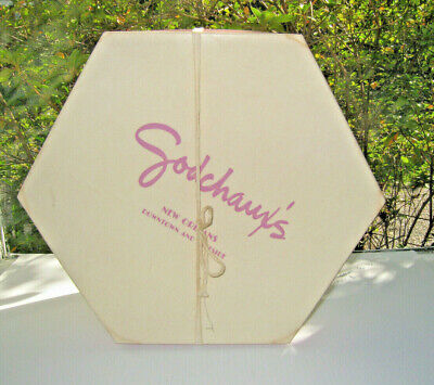 Old Godchaux's New Orleans Hat Box Downtown Lakeside Cranberry 7/14