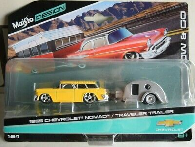 Allander Travel Bova Futura Bus Fertigmodell aus Die-Cast Metall in Vitrine 1:72