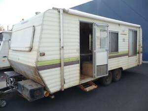 1987 Windsor Windcheater 20' with Awning @ South West RV Centre