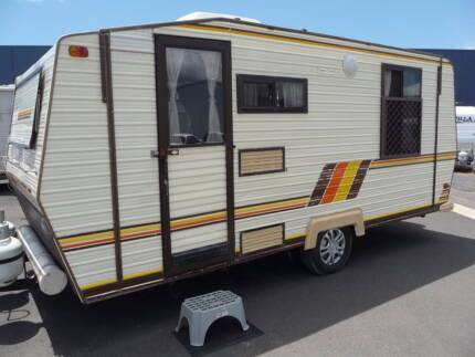 1985 Coromal 17' Family Van with AIRCON @ South West RV Centre
