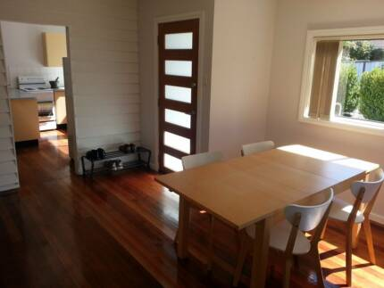 Available: Large Room in Spacious Sharehouse Wyoming Gosford Area Preview
