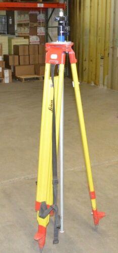 Leica GST20-9 Professional Telescoping Wooden Tripod