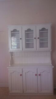 antique cabinet Willoughby Willoughby Area Preview