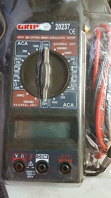 Grip 20237 Acdc Voltage 1000 Amp Digital Clamp Meter Read