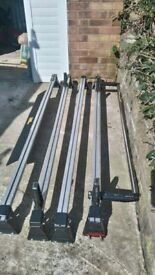 Set of 4 Aluminium roof bars with rear full width ladder roller and front air deflector